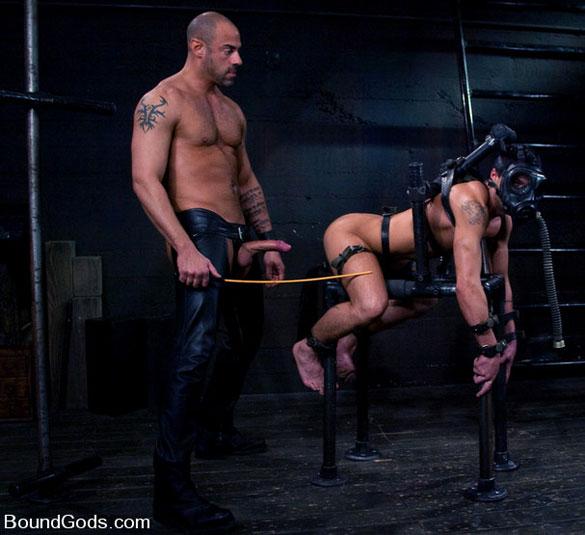 dean_tucker_gay_bondage_06