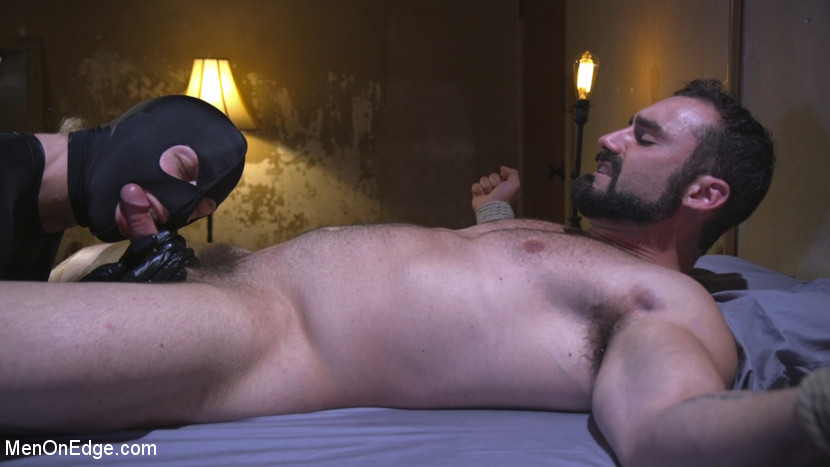 jaxton_wheeler_gay_bondage_04