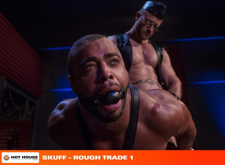 micah_brandt_and_austin_wolf_gay_bondage_00