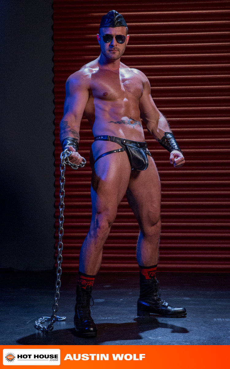 micah_brandt_and_austin_wolf_gay_bondage_02