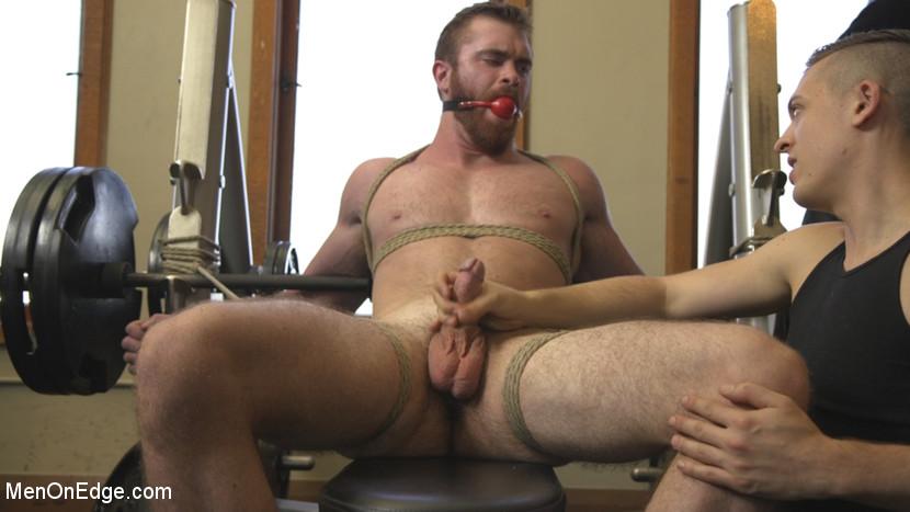 scott_ambrose_gay_bondage_01