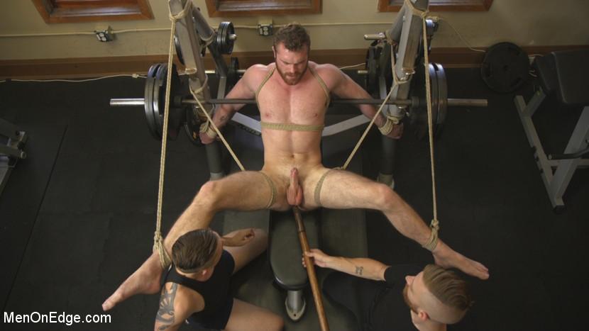 scott_ambrose_gay_bondage_04