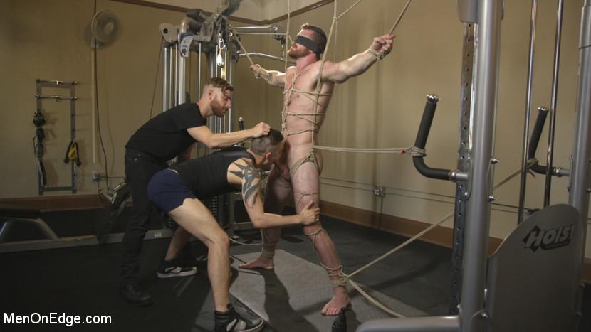 scott_ambrose_gay_bondage_06