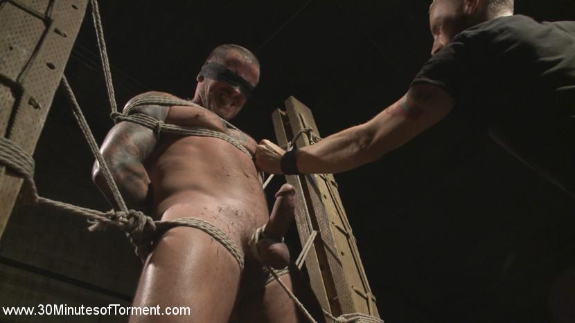gay_bondage_max_cameron_04