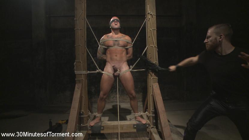 gay_bondage_max_cameron_05