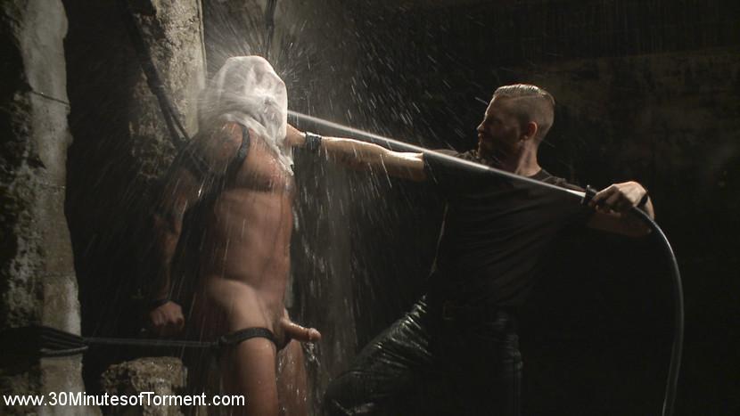 gay_bondage_max_cameron_08