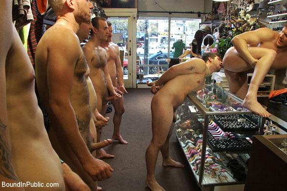 parker_london_gay_bondage_02