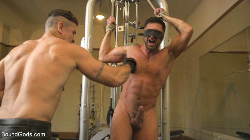 dominic_pacifico_and_trenton_ducati_gay_bondage_03