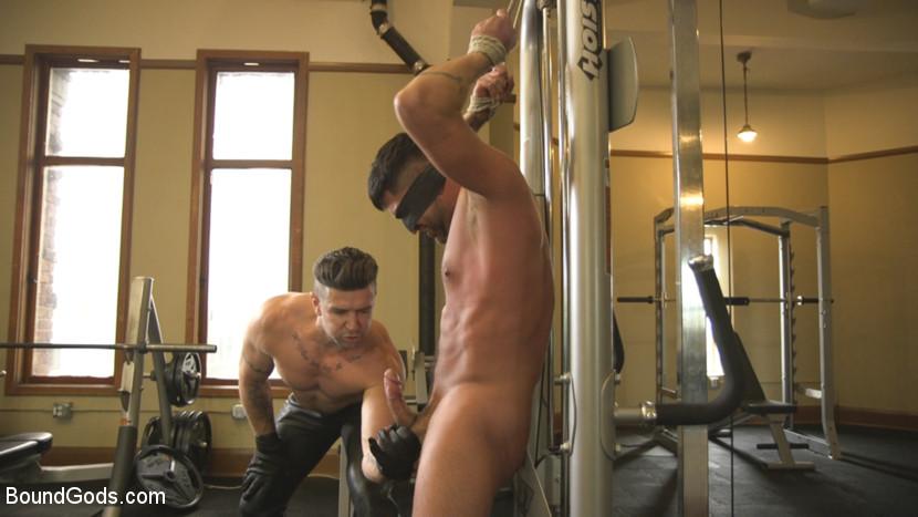 dominic_pacifico_and_trenton_ducati_gay_bondage_04