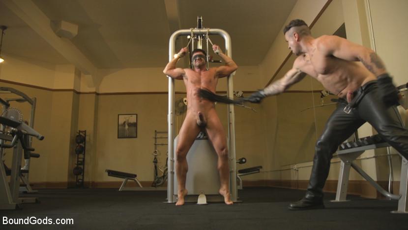 dominic_pacifico_and_trenton_ducati_gay_bondage_06