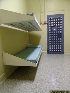 hampton_jail_metalbond_v02