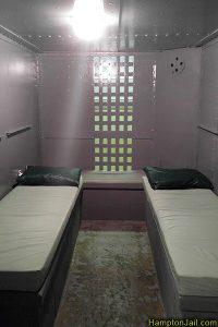 hampton_jail_metalbond_v_01