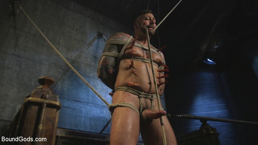 hugh_hunter_and_jessie_colter_gay_bondage_09