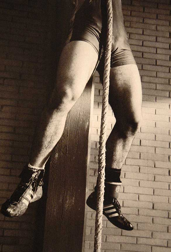 metalbondnyc_men_with_rope_05