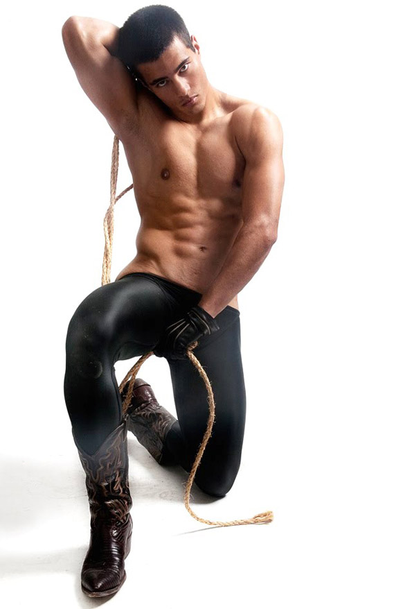 metalbondnyc_men_with_rope_06
