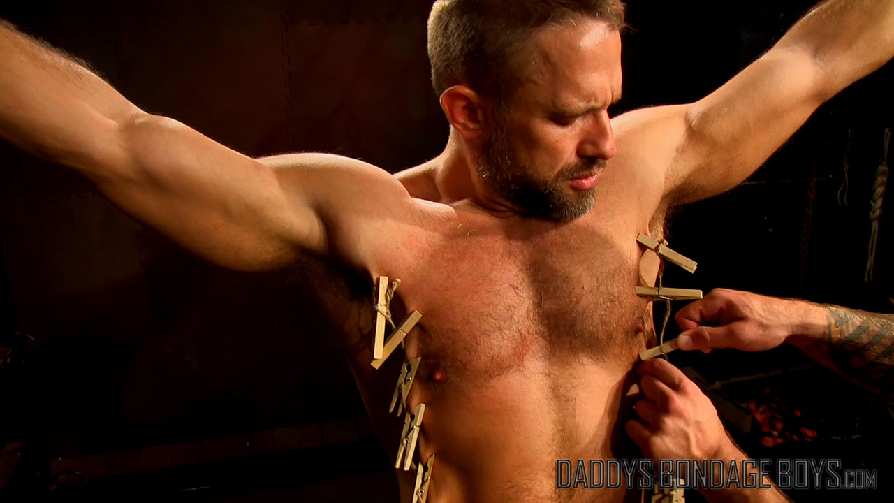 Video: Clothespin zipper torture for Dirk Caber