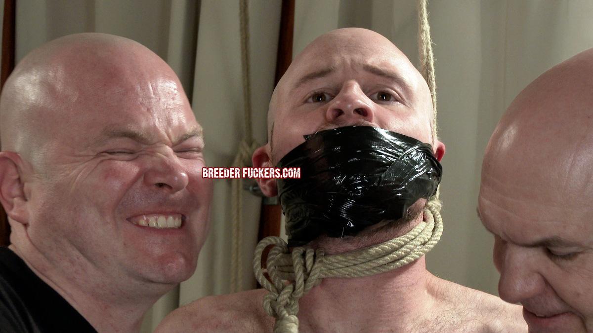 A gruff workman gets lured into a bondage trap