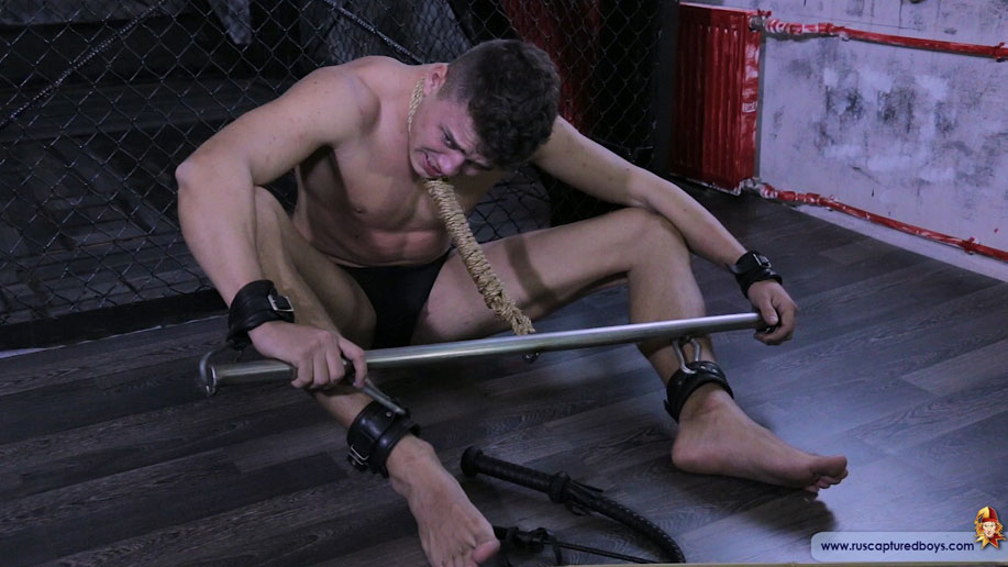 gay muscle bondage