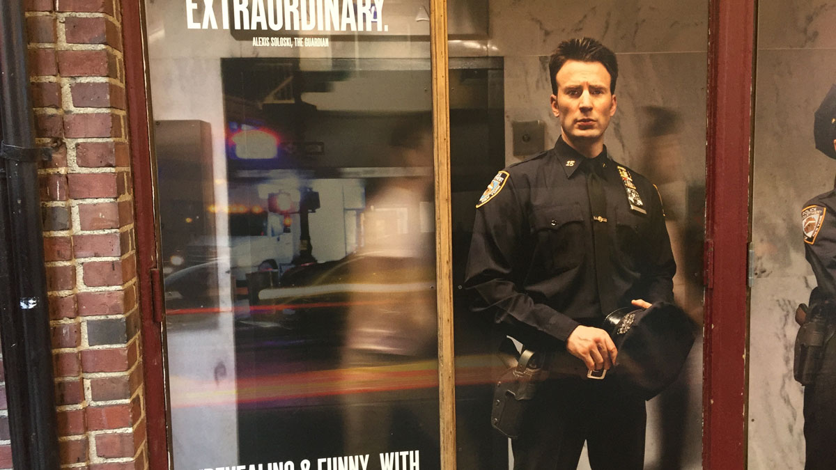 Chris Evans plays a hot cop in the Broadway play 'Lobby Hero'