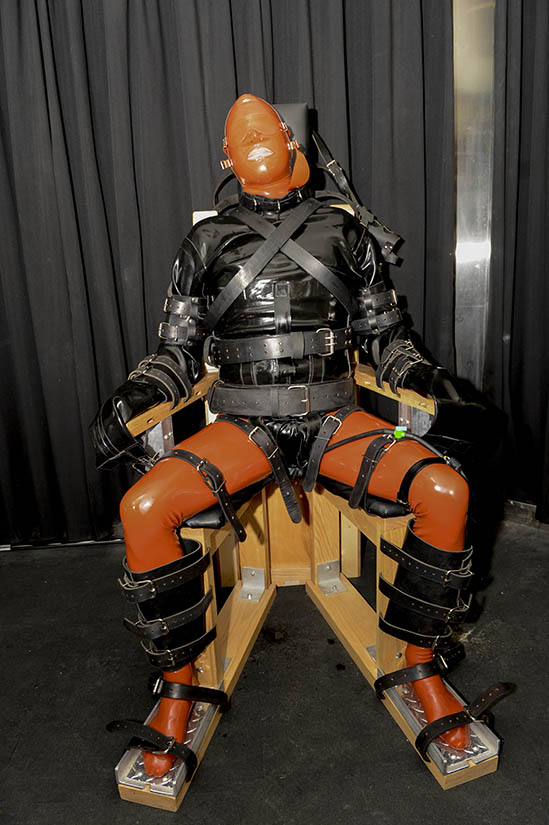 Dr Mad Max Cita bondage chair