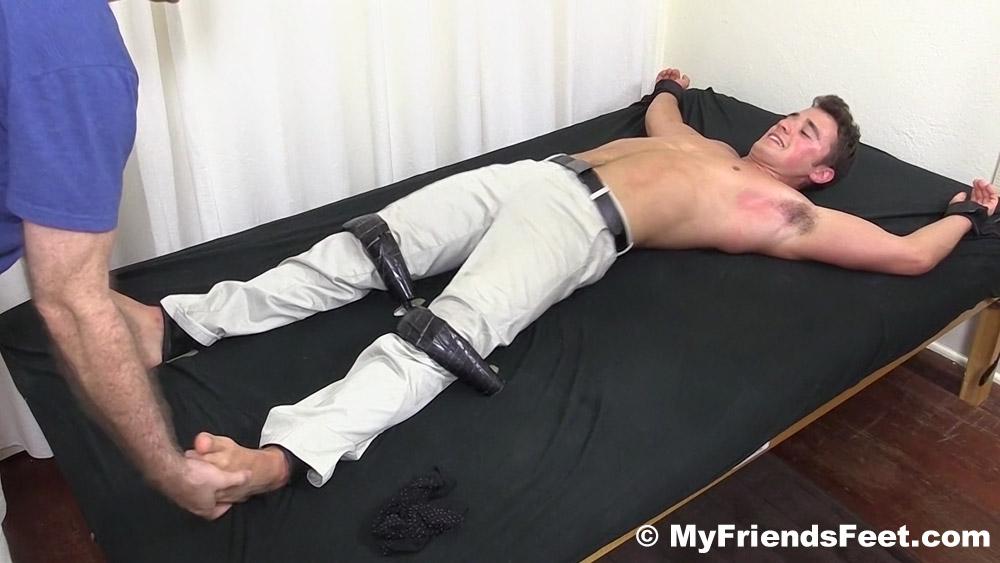 male bondage nd tickling