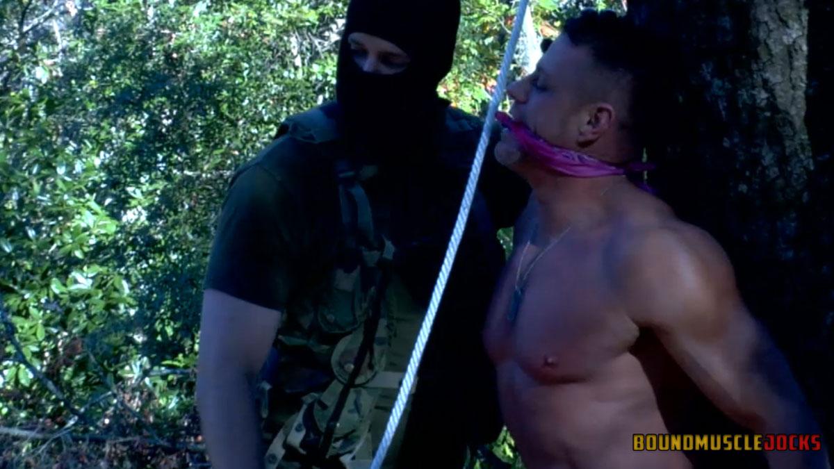 muscle bondage porn