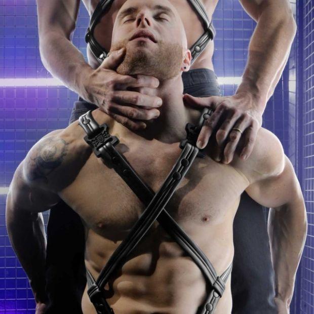 Fort Troff gay bondage