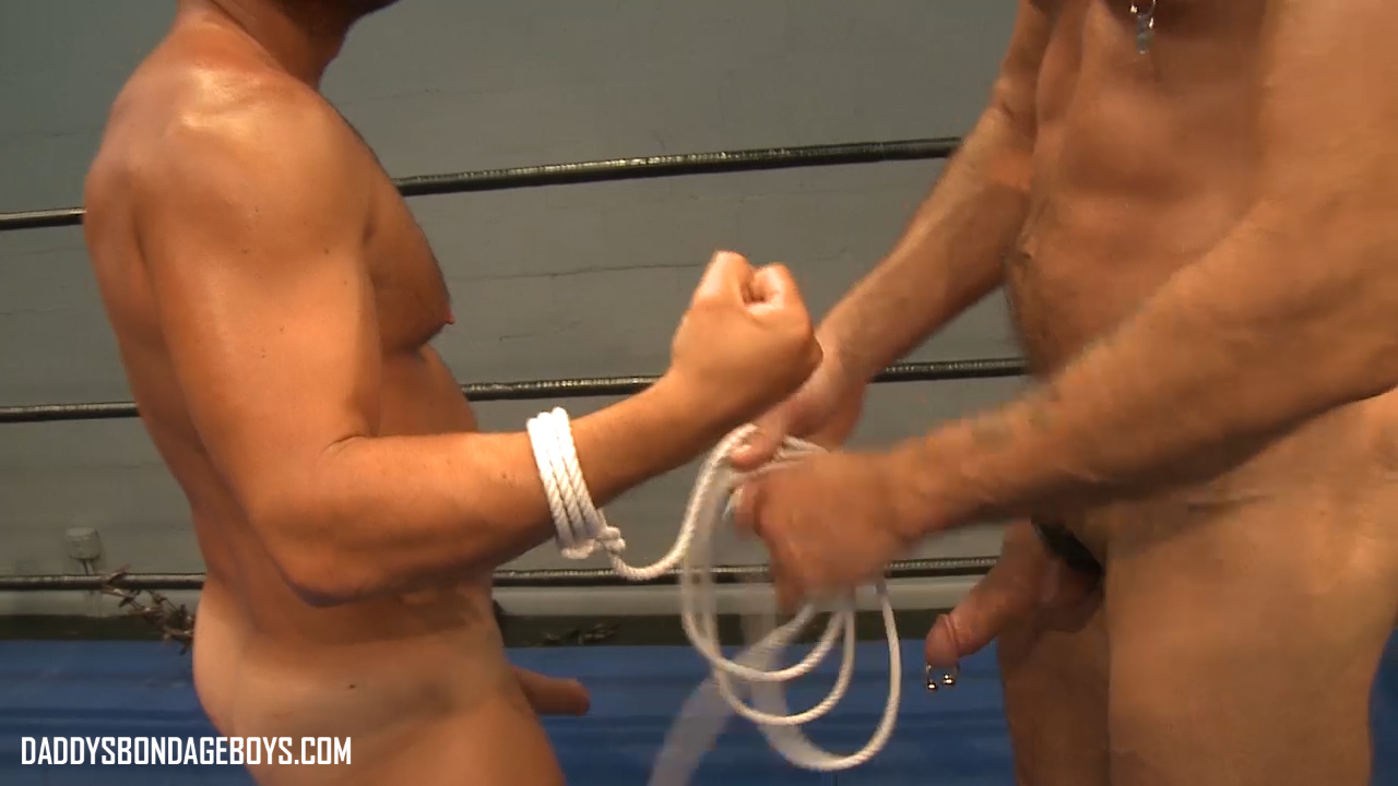 muscle bondage wrestling Colin Steele and Jessie Balboa