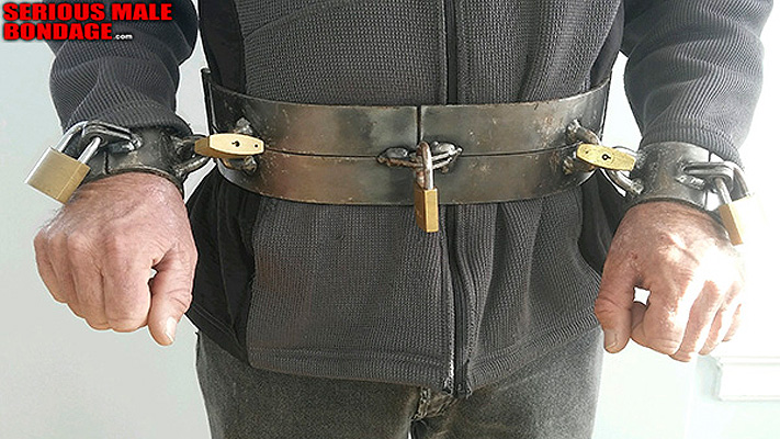 Heavy secure locking metal bondage belt