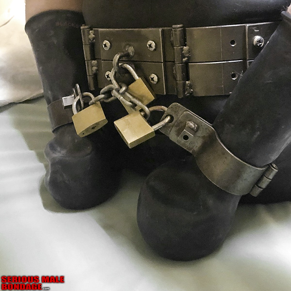 locking metal bondage belt