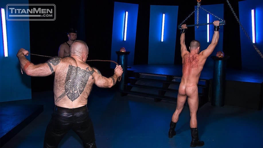 Titan Folsom Filth whipping