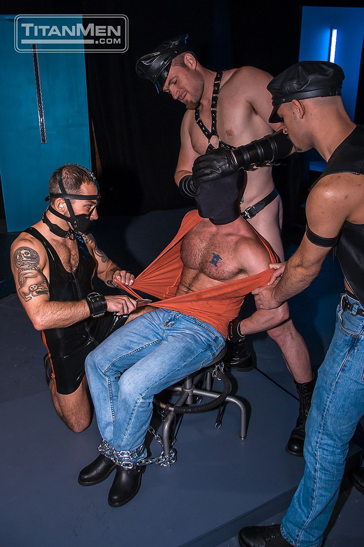 muscle leather bondage porn