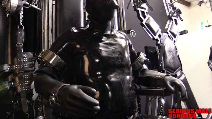 Gimp training in a bondage chair