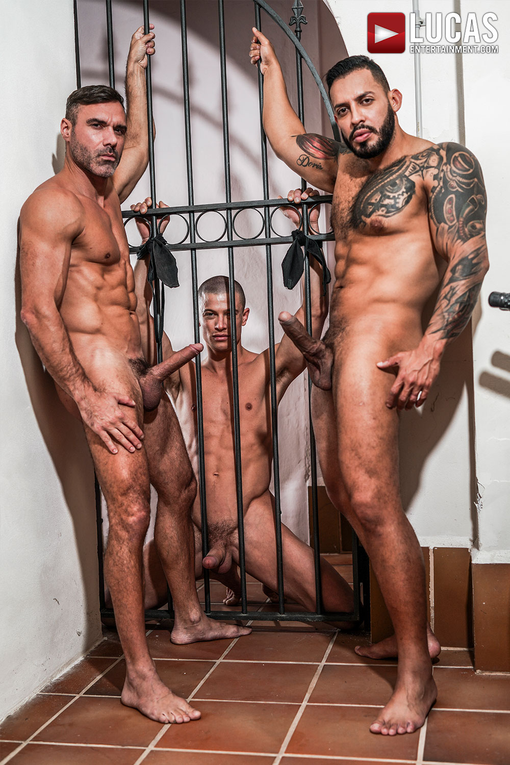 male bdsm Viktor Rom and Manuel Skye