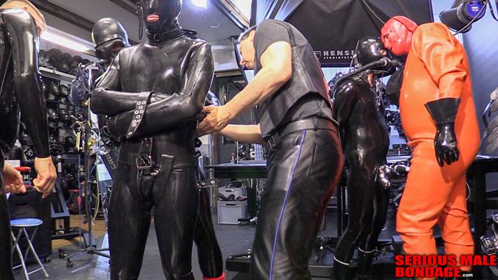 Heavy rubber bondage lockdown