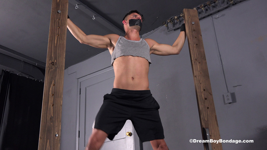 male BDSM: Vinny Blackwood is bound and tortured