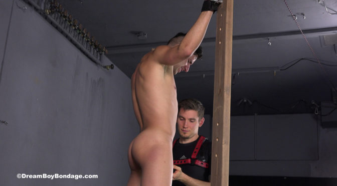 Pictures: Vinny gets tied and tortured