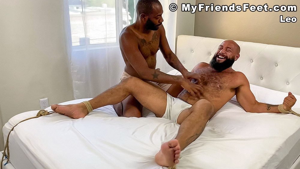gay porn August Andrews and Leo Forte