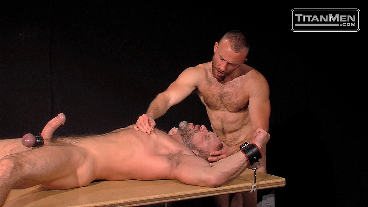 Dirk Caber gets tied up by Nick Prescott