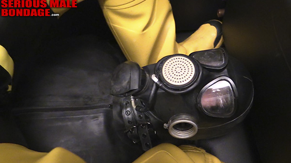 How to properly use a gas mask